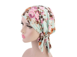 Женский платок на голову после химиотерапии