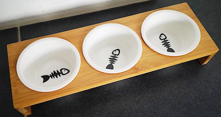 Тройная миска для кошек